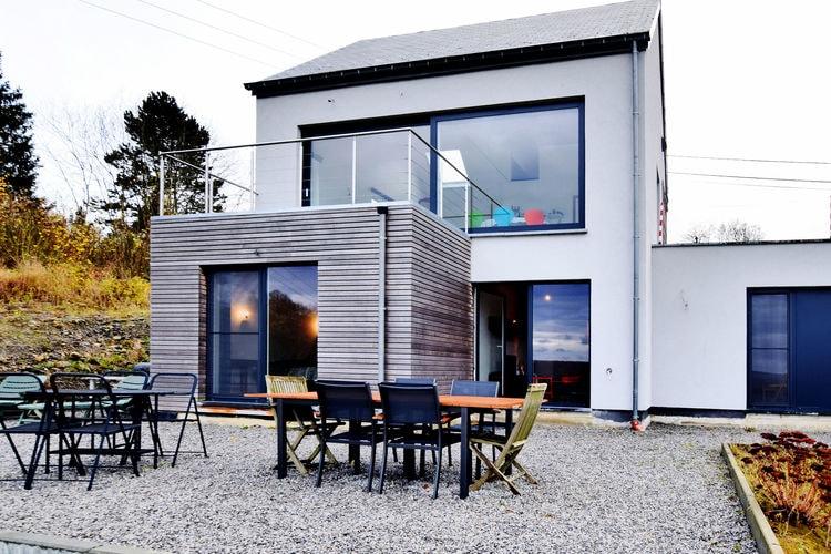 Vakantiewoning  met wifi  Viroinval  Gloednieuwe villa met fenomenaal uitzicht, twee terrassen en zeer grote tuin