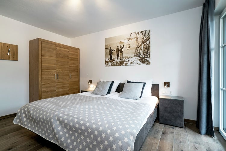 Ref: AT-5721-116 3 Bedrooms Price