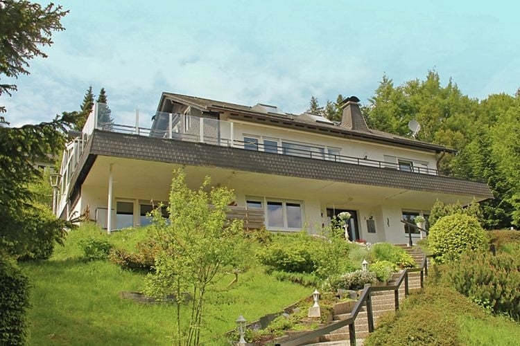 Duitsland | Sauerland | Vakantiehuis te huur in Willingen-upland   met wifi 24 personen
