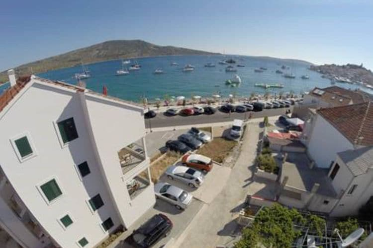 Beach apartment Sisa  Dalmatia Croatia
