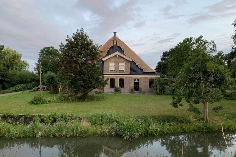 Boerderijen Nederland   Noord-Holland   Boerderij te huur in Oterleek   met wifi 4 personen