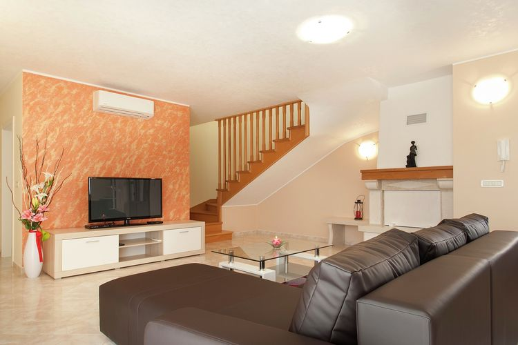 Ref: HR-52444-202 3 Bedrooms Price