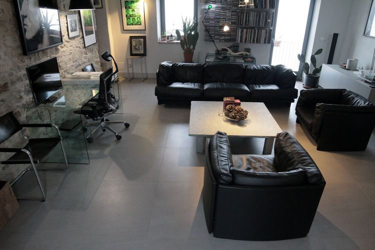Ref: IT-00015-81 5 Bedrooms Price