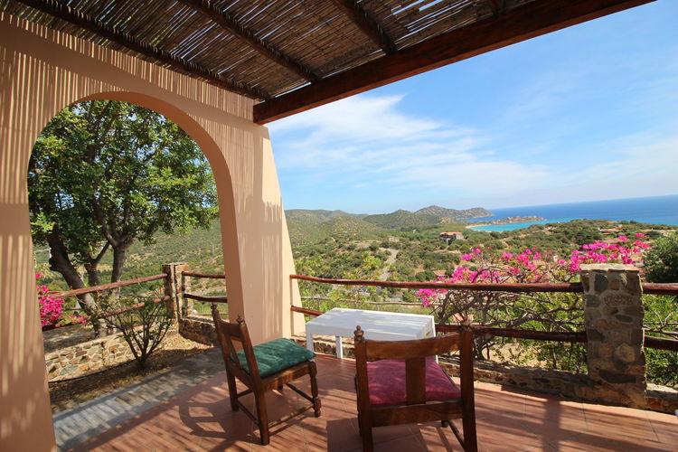 Beautiful house overlooking the sea close to beaches Gereameas and mari Pintau
