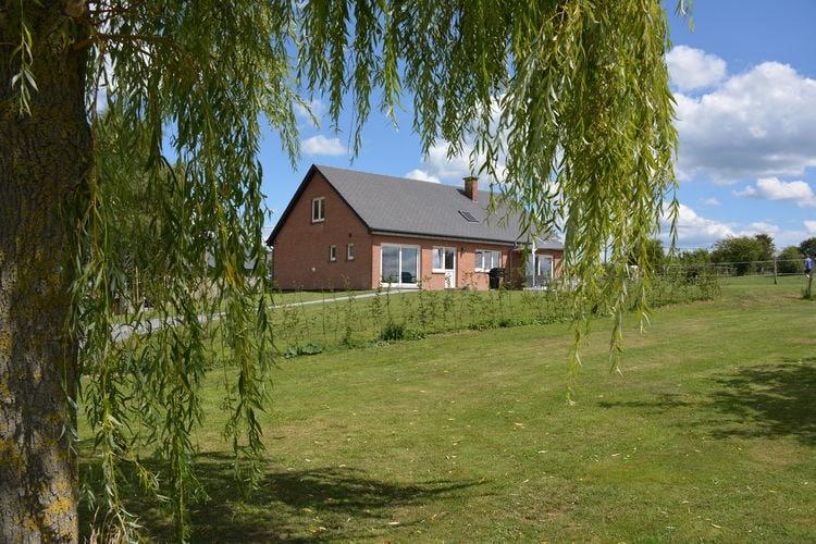 Wavreille Villas te huur Recente villa voorzien van alle gemakken met prachtige natuur aan tuinzijde