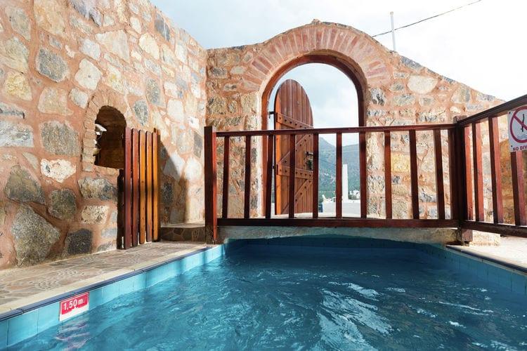 Appartement met zwembad met wifi  kretaHouse of Monastery
