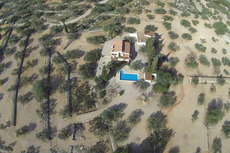 Vakantiehuis met zwembad met wifi  Costa DoradaFinca Casa Filou