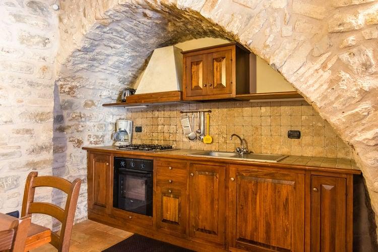 Boerderij Italië, Umbrie, Gubbio Boerderij IT-06024-37