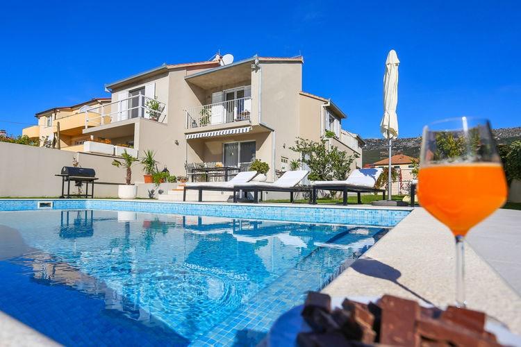 Vakantiehuizen Kroatie | Dalmatie | Villa te huur in Kastel-Kambelovac met zwembad  met wifi 8 personen