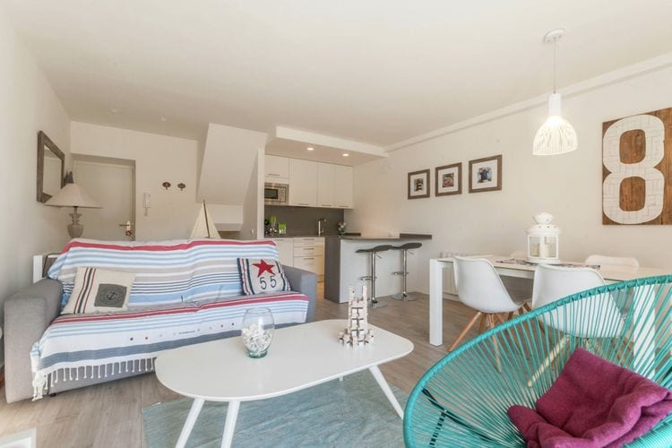Costa Brava Vakantiewoningen te huur Schattig appartement voor 4 personen op 83 stappen van het strand in Llafranc