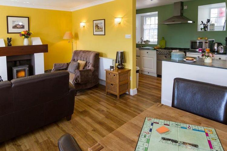 Ref: GB-00000-32 2 Bedrooms Price
