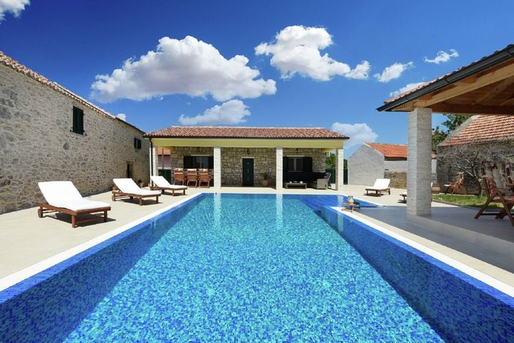 Villa Kroatië, Dalmatie, Lovinac Villa HR-23241-01