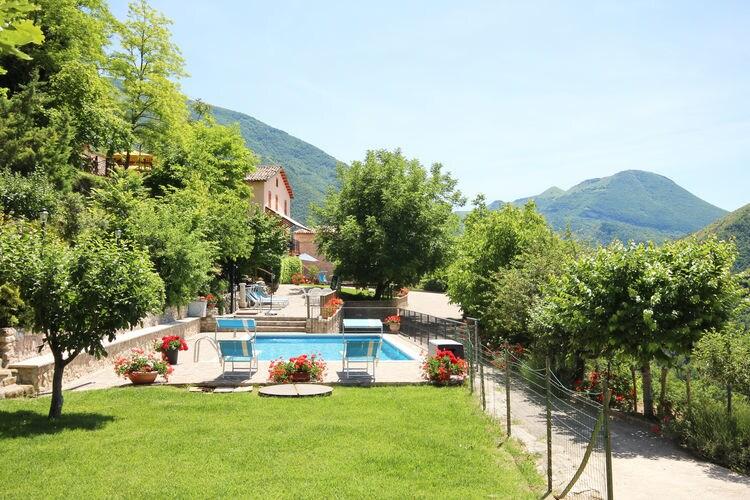 Piobbico Vakantiewoningen te huur Villa Amaranto