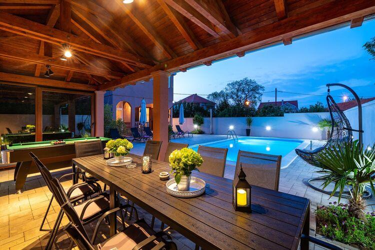 Kroatie | Dalmatie | Villa te huur in Zaton met zwembad  met wifi 12 personen