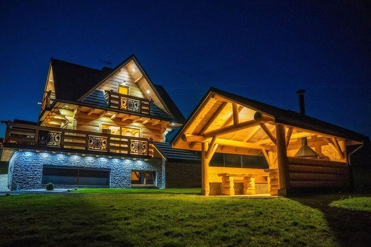 Villa met zwembad met wifi   PolenA luxury villa in the Tatra Mountains