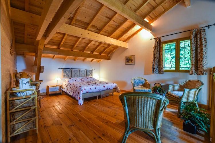 Vakantiehuizen Frankrijk | Auvergne | Vakantiehuis te huur in Ferrieres-Sur-Sichon   met wifi 8 personen