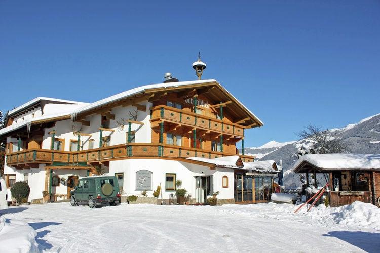 Vakantiehuizen Oostenrijk | Tirol | Vakantiehuis te huur in Ried-im-Zillertal   met wifi 37 personen