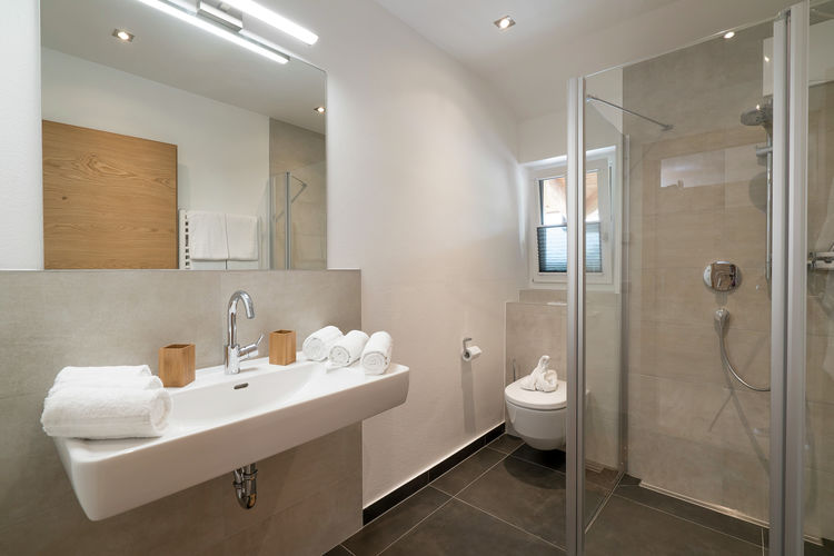 Ref: AT-5771-85 3 Bedrooms Price