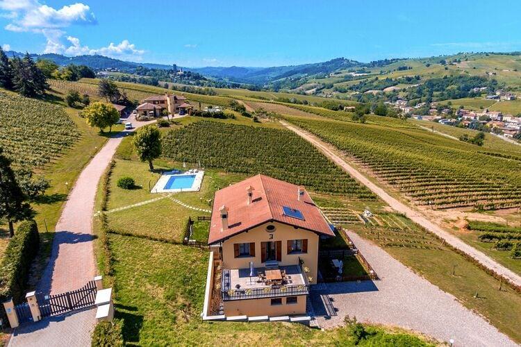 Italie | Italiaanse-Meren | Boerderij te huur in Santa-Maria-Della-Versa met zwembad  met wifi 6 personen