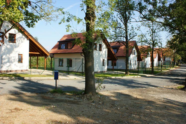 Vakantiewoning huren in Zuid- en midden- Moravi -   met wifi  voor 6 personen  Dit kleinschalige vakantiepark Jin..