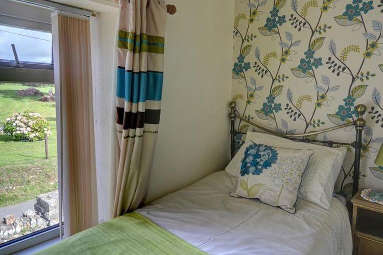 Ref: GB-00001-93 3 Bedrooms Price