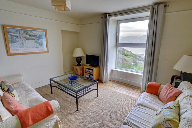 Ref: GB-00001-98 3 Bedrooms Price