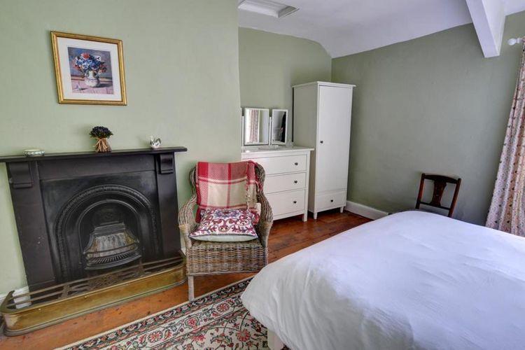 Ref: GB-00002-02 3 Bedrooms Price