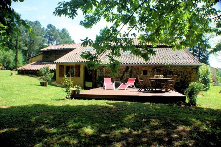 Vakantiehuis met zwembad met wifi  Villefranche-du-PerigordGite la Foret