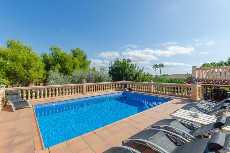 Vakantiehuizen Spanje | Mallorca | Vakantiehuis te huur in Marratxi-Illes-Balears met zwembad  met wifi 8 personen