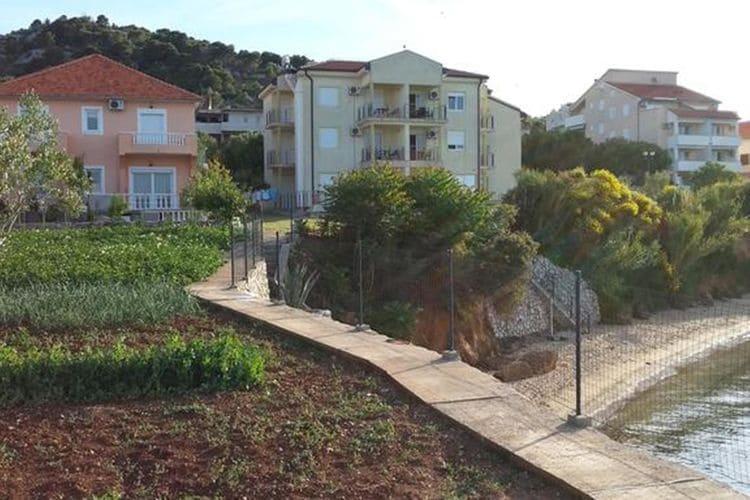 Ferienwohnung Apartment Lukacic A4 (2075885), Tkon, Insel Pasman, Dalmatien, Kroatien, Bild 2