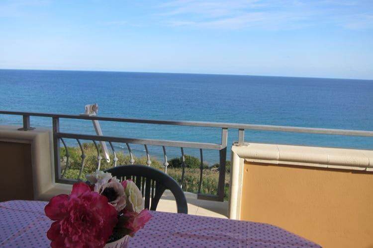 Italie   Basilicata   Appartement te huur in Isola-di-Capo-Rizzuto    3 personen