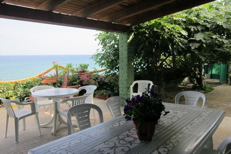 Vakantiehuizen Basilicata te huur Isola-di-Capo-Rizzuto- IT-88841-02    te huur