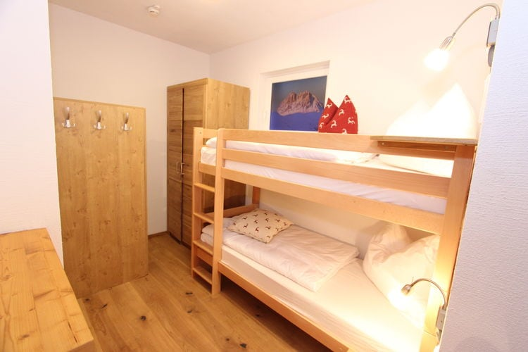 Ref: AT-5721-119 4 Bedrooms Price