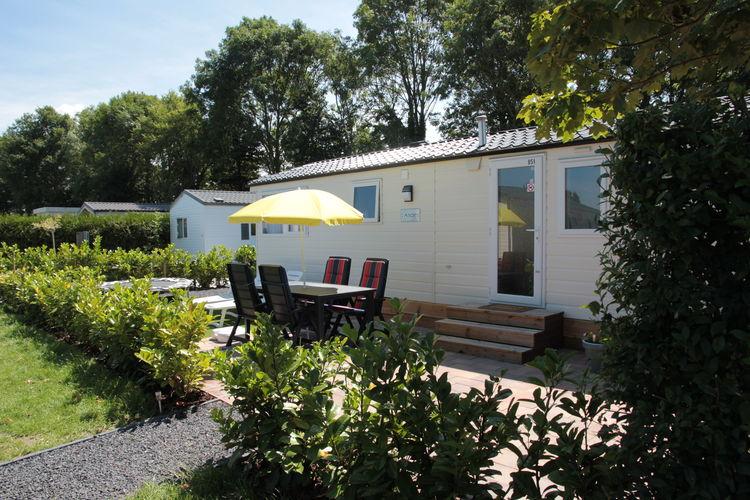 Zeeland Chalets te huur Ruim chalet gelegen op een vakantiepark in Kamperland dichtbij het strand