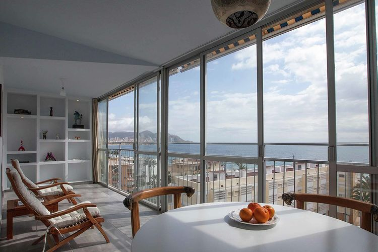 Appartement  met wifi aan zee La Cala - Benidorm  Beachhouse Four Seasons Benidorm