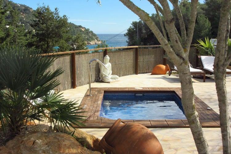Casa Jacuzzi  Ibiza Spain