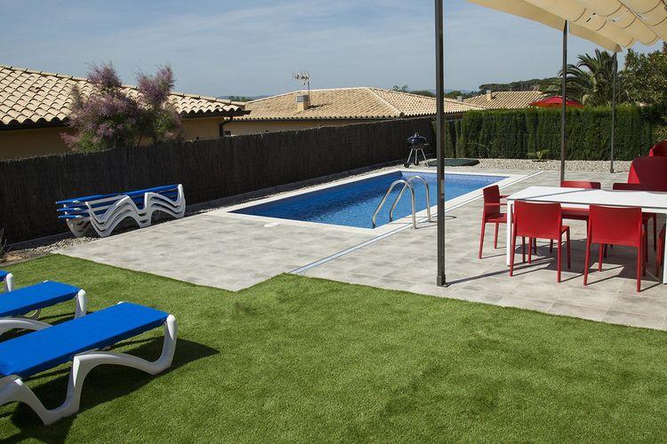 Villa met zwembad met wifi  Estartit  Exclusieve villa voor 7 personen in L