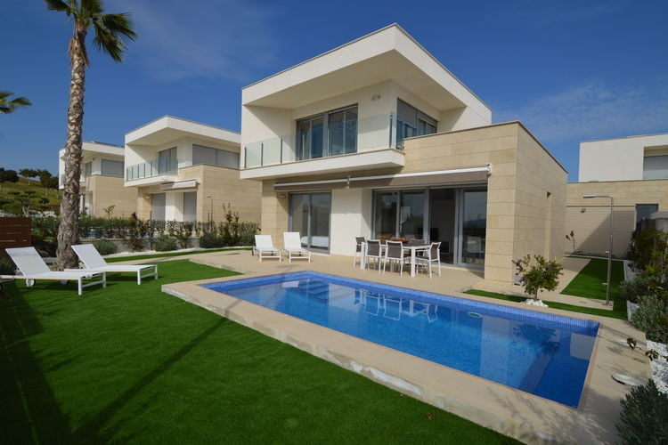 Moderne villa met prive zwembad op loopafstand van Vistabella Golf