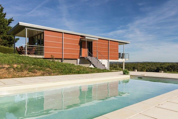 Villa met zwembad met wifi  DordogneLimeyrat