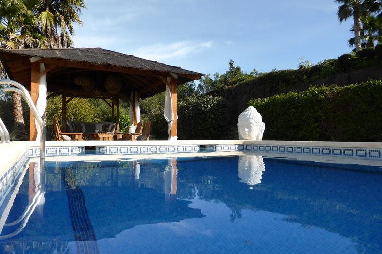 Luxe vakantie villa ,  privé zwembad een prachtige tuin en panoramisch uitzicht