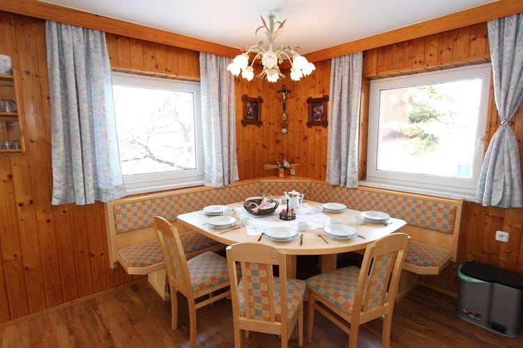 Ref: AT-5751-20 4 Bedrooms Price