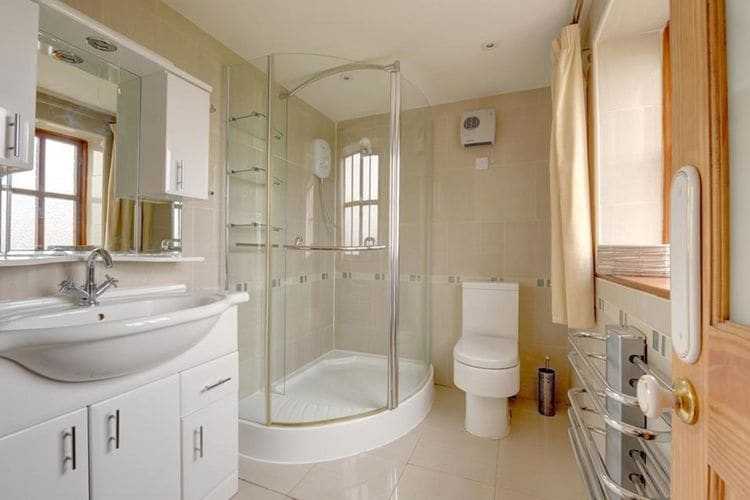 Ref: GB-00002-65 3 Bedrooms Price