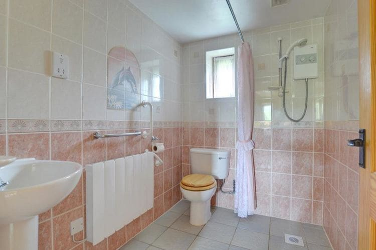 Ref: GB-00002-71 2 Bedrooms Price