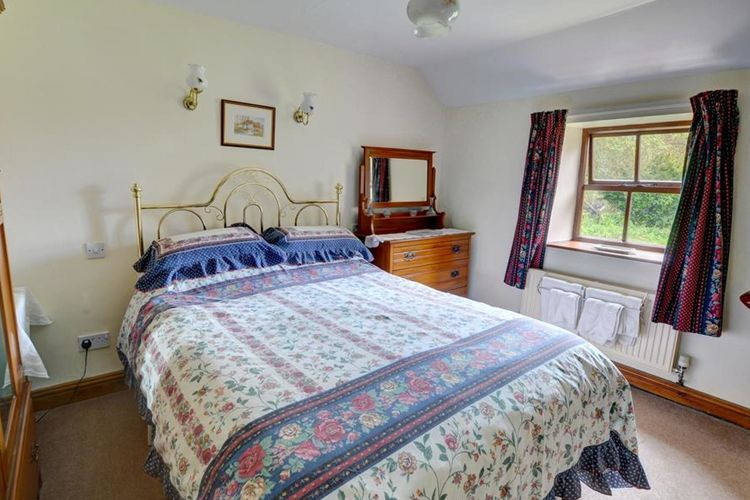 Ref: GB-00002-81 2 Bedrooms Price