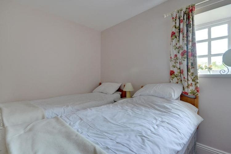 Ref: GB-00002-85 2 Bedrooms Price