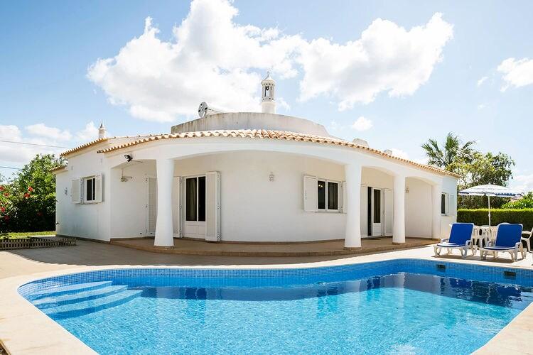 Vakantiewoning huren in Albufeira - met zwembad   met zwembad voor 6 personen  Portugese villa op een aangename l..