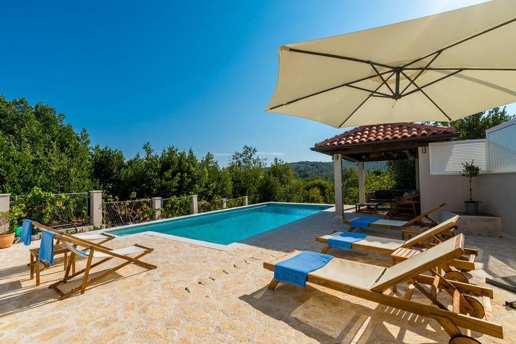 Vakantiehuis met zwembad met wifi  Doli, Dubrovnik area  Detached holiday house Doli