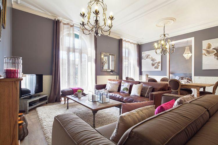 Costa de Barcelona Vakantiewoningen te huur Exclusief appartement voor 9 personen in karakteristieke gebied van Barcelona