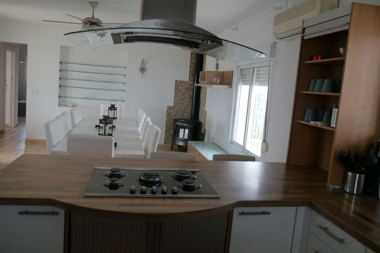 Ref: ES-00020-101 7 Bedrooms Price