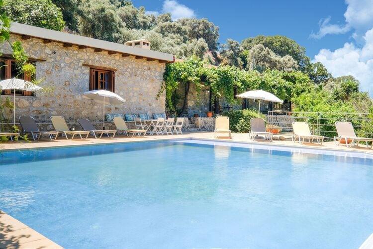 Vakantiehuizen Griekenland | Kreta | Villa te huur in Paleochora met zwembad  met wifi 12 personen